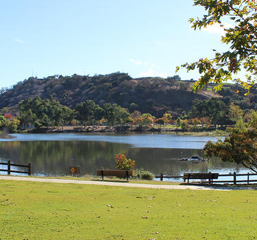 Alamden Lake and Park with walking trails that connect to the Almaden Quicksilver hiking trails