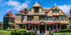 The front of the Winchester Mystery House in San Jose